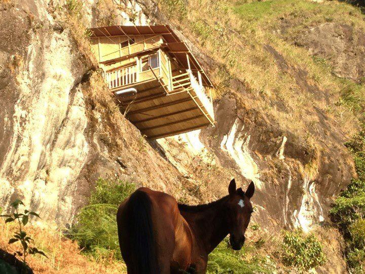 Tour house in the air and horse in Antioquia, Abejorral, Medellin