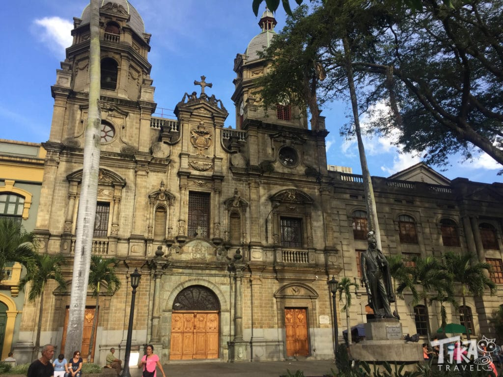 Plazuela San Ignacio Medellin City Tour Tika Travel